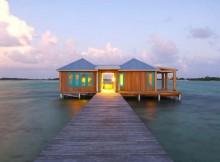 Плавучее бунгало на Карибских островах – Casa Ventanas (1)