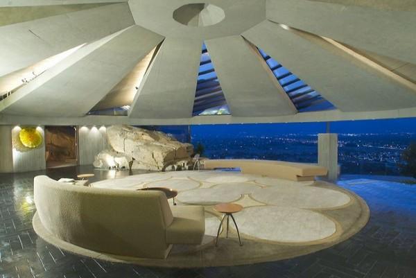проект сферического дома от Джона Лаутнера