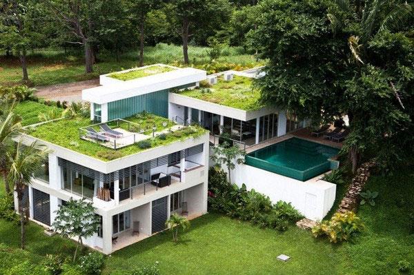 дом с зеленой крышей