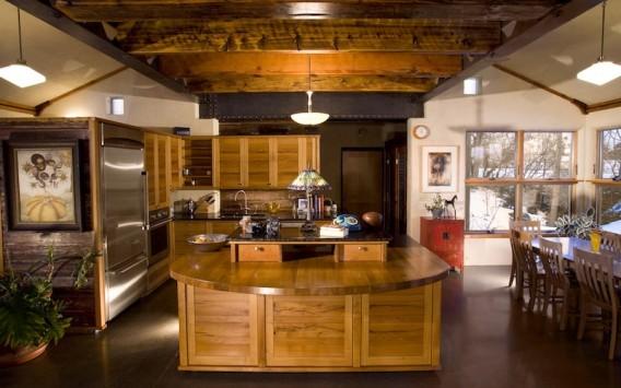 Красивый дом из утильсырья в Валла-Валла фото 2