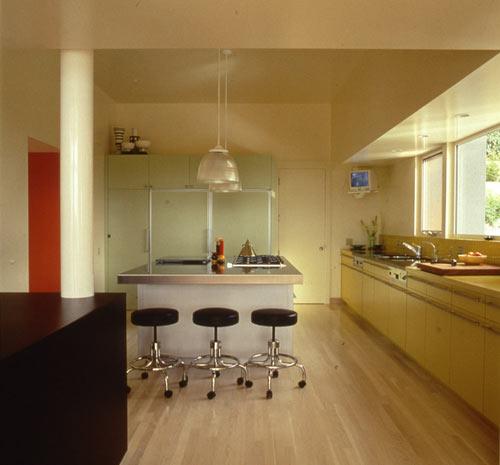 современный дом - кухня-столовая