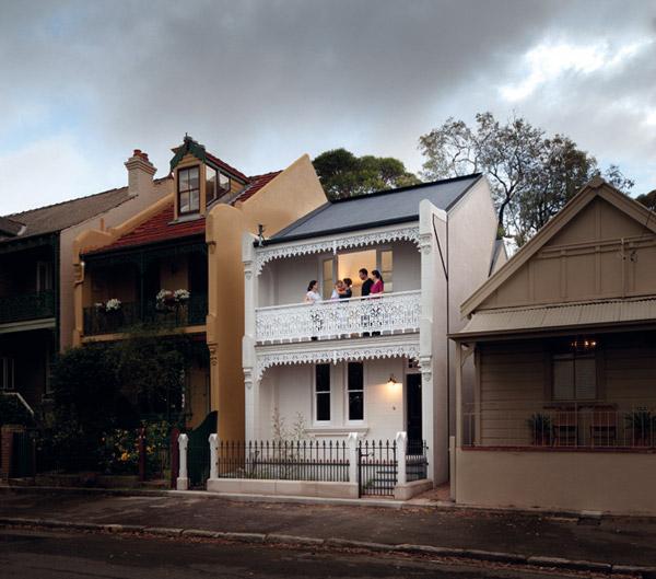 красивый дом в викторианском стиле фото 1
