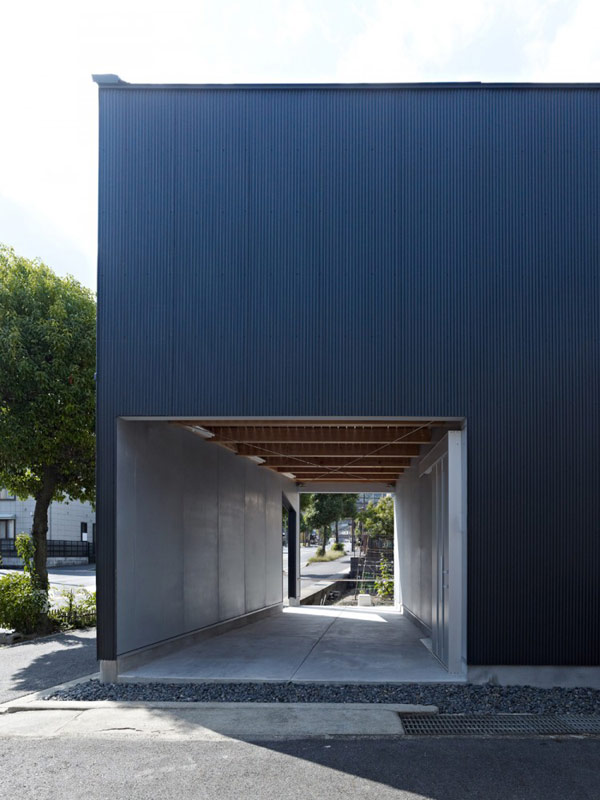 загородный дом с инверсией пространства