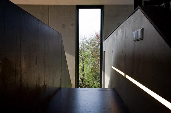 Престижный дом из бетона в современном германском стиле фото 6