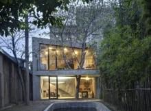 Оригинальная архитектура и минималистский интерьер (9)