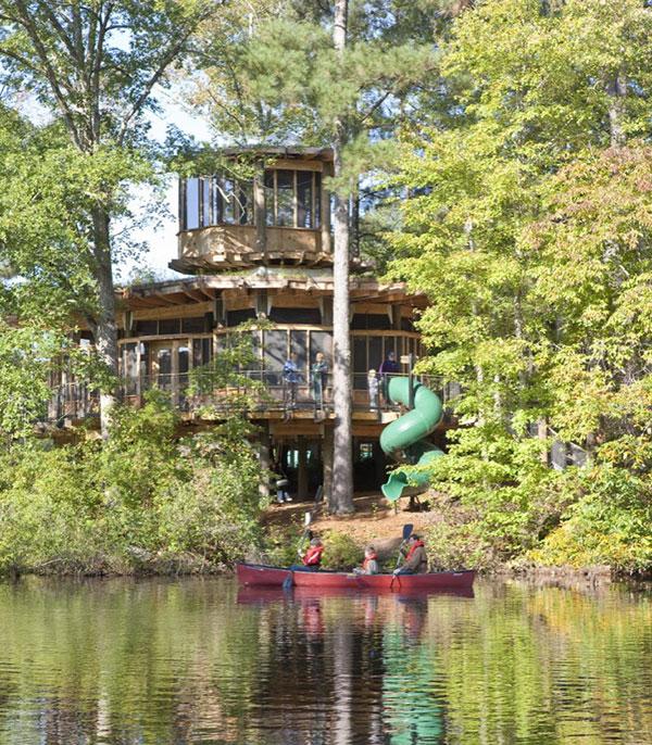 Проект частного дома у озера