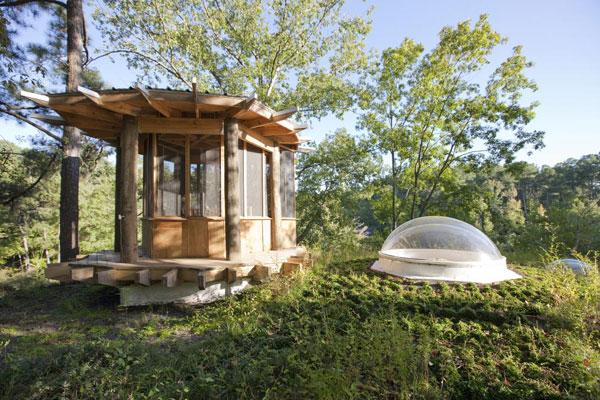 Проект деревянного дома у озера