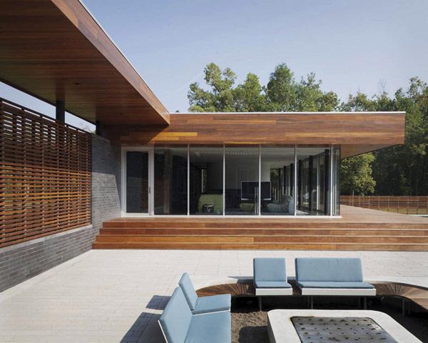 П-образный дом с большим внутренним двором фото 9