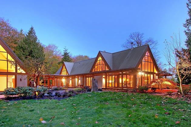 Горное шале - дом со стеклянным фасадом