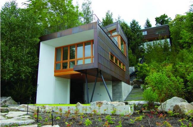 Маленький дом у озера фото 1