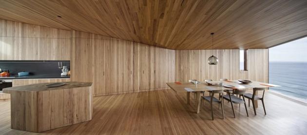 частный домик - столовая