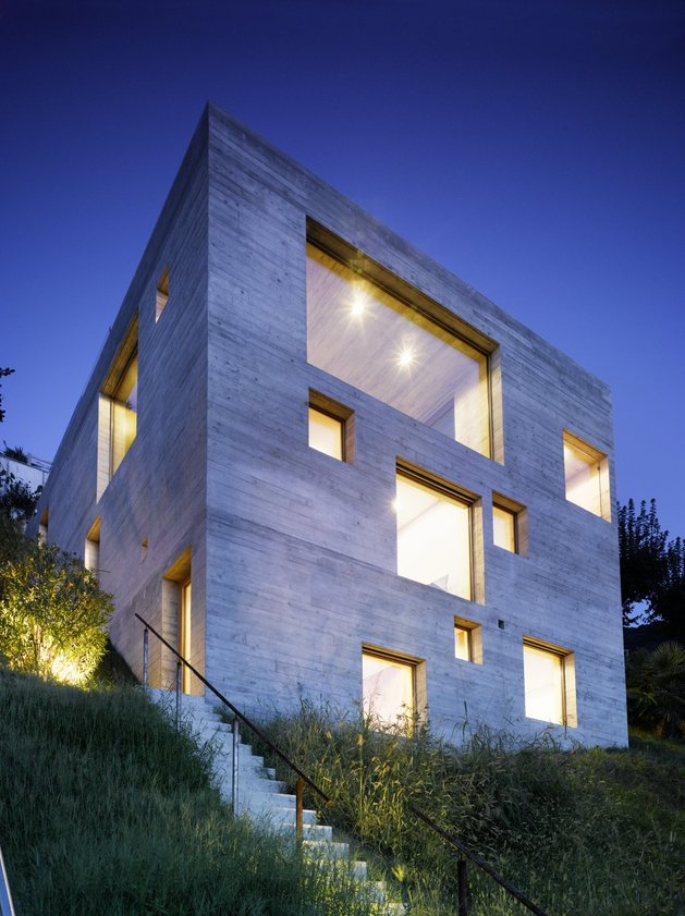 бетонный дом с террасой 6