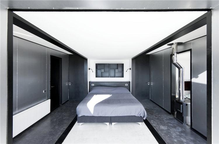 дом из металла фото спальни