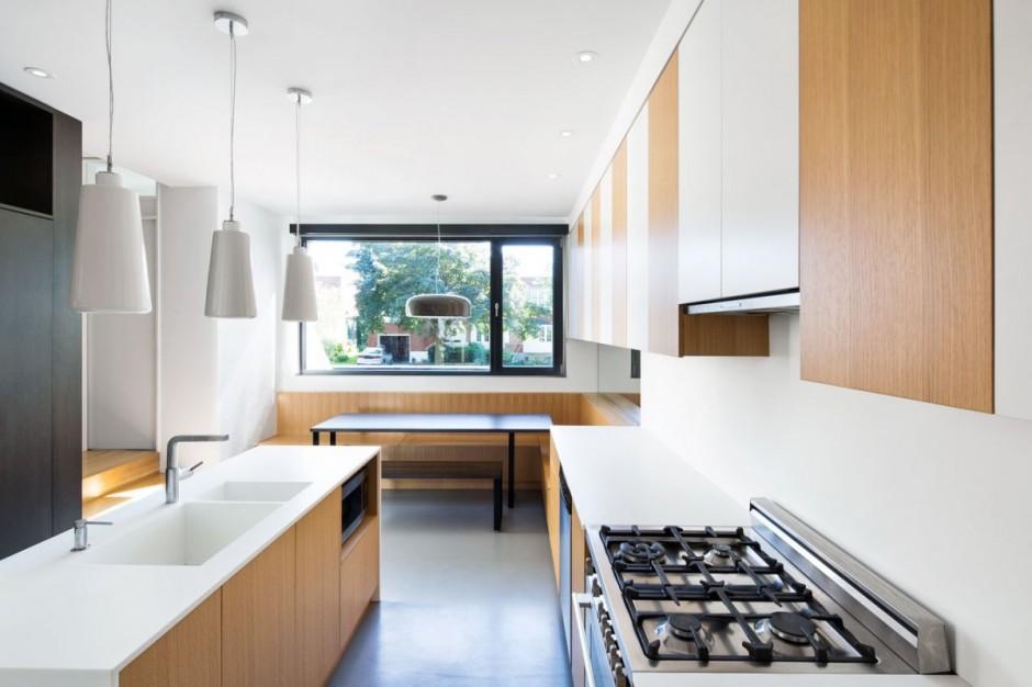 Полная реконструкция бетонного дома кухня