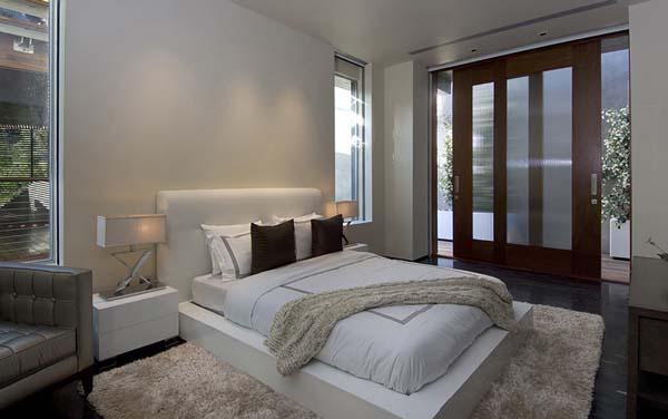 Роскошный особняк холостяка интерьер спальни
