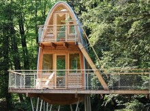 Необычный лесной домик (8)