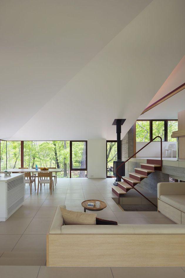 фото особняка с разноуровневыми потолками 7