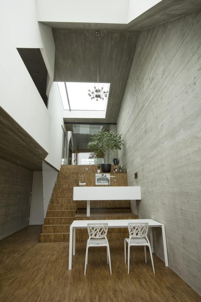 Дом на узком участке - кухня