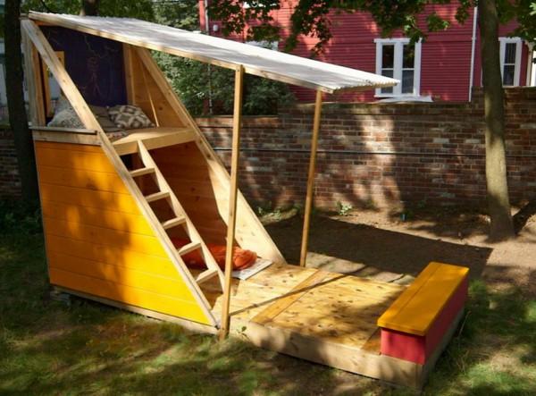 Как сделать самому детский домик на даче