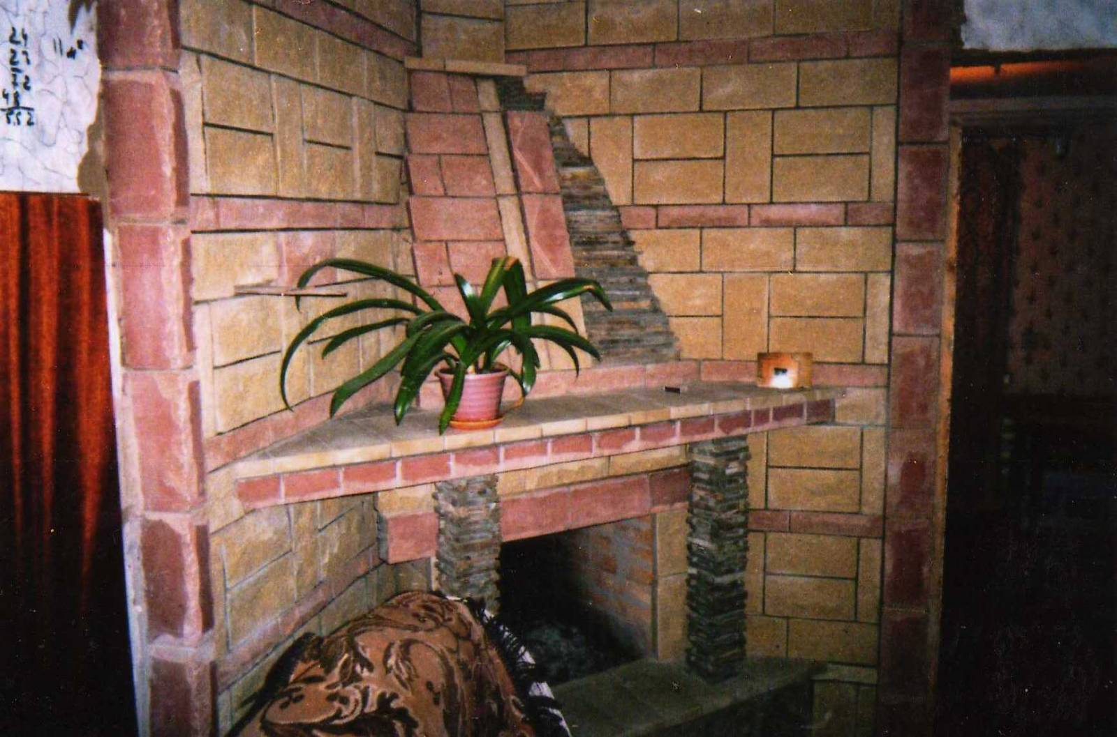 Камины из кирпича – как построить своими руками