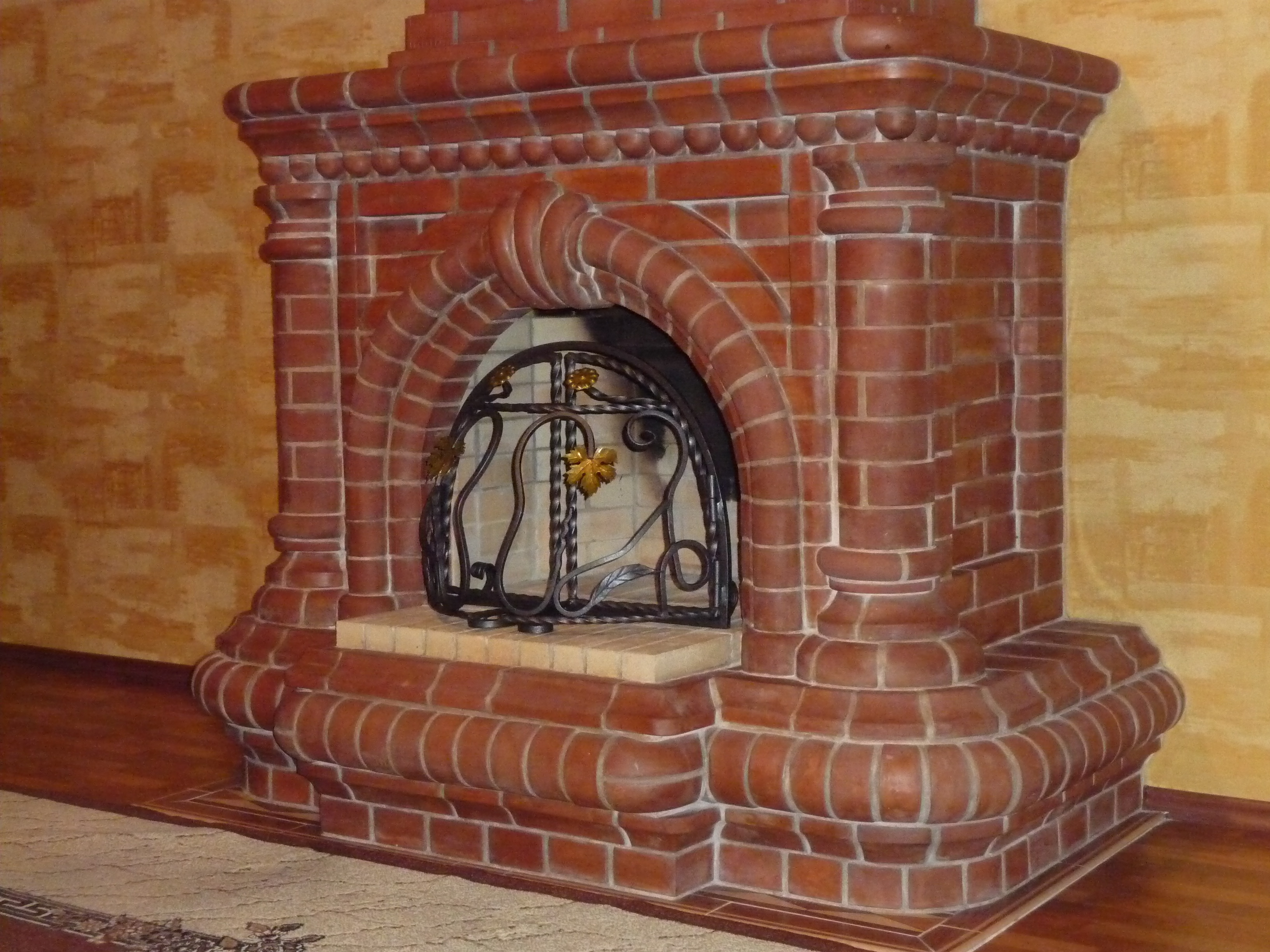Камин из кирпича для дома своими руками
