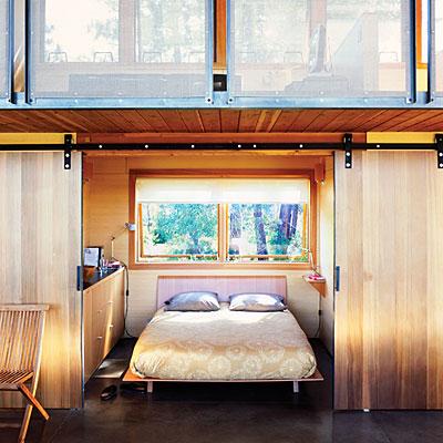 дом на холме спальня
