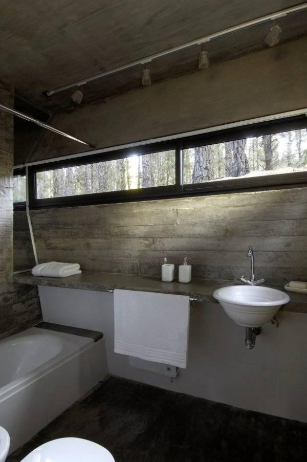 Дом из бетона - ванная