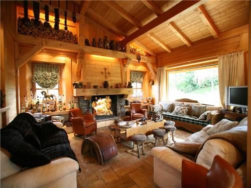 Красивый лыжный домик