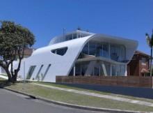 Дом «Лента Мебиуса» по проекту Tony Owen Partners