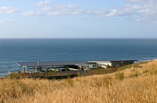 дом на побережье по проекту Пита Боссли