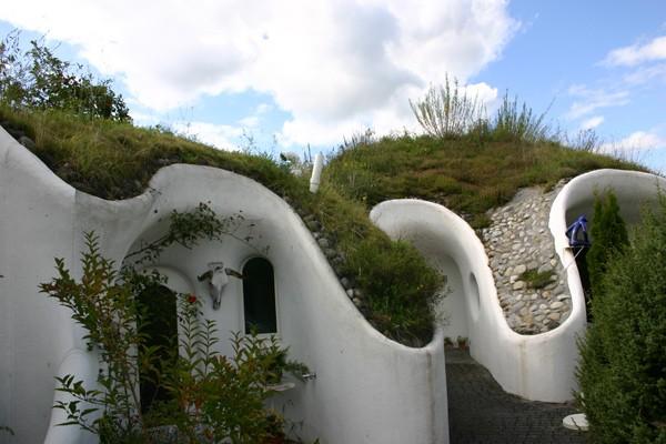 фото - земляные дома от Vetsch Architektur