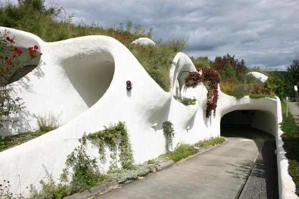 Земляные дома от Vetsch Architektur фото 1