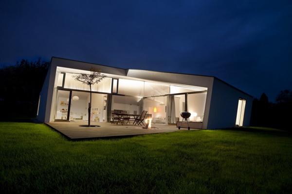 загородный маленький дом фото 1