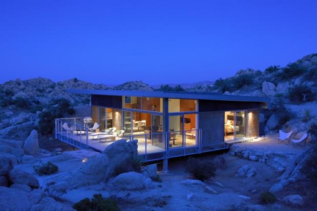 Быстровозводимый дом на стальном каркасе