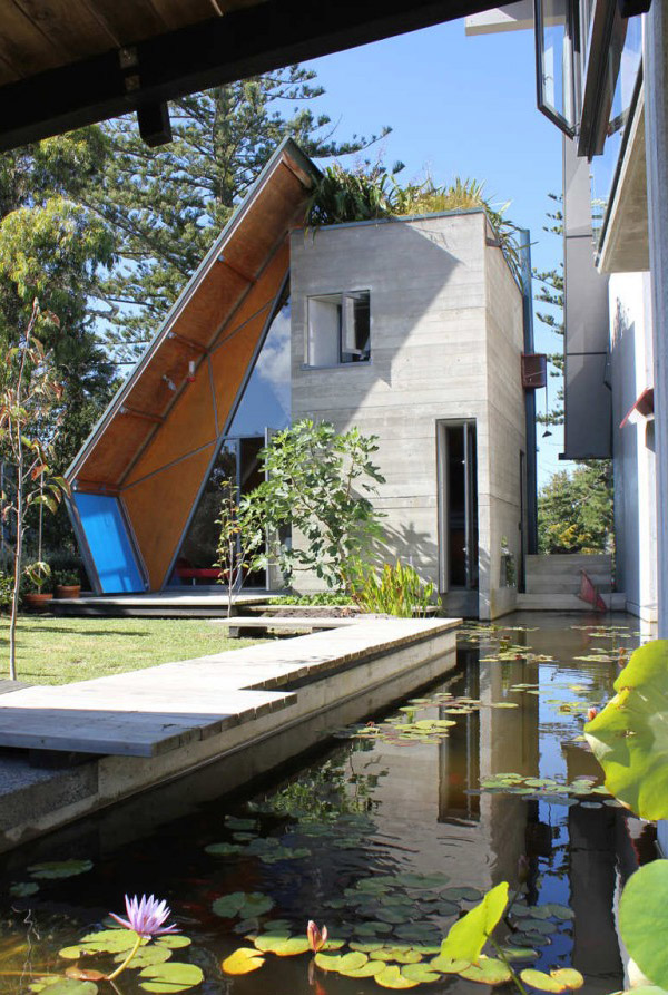 Дом с пластиковой крышей от компании Mitchell and Stout Architects