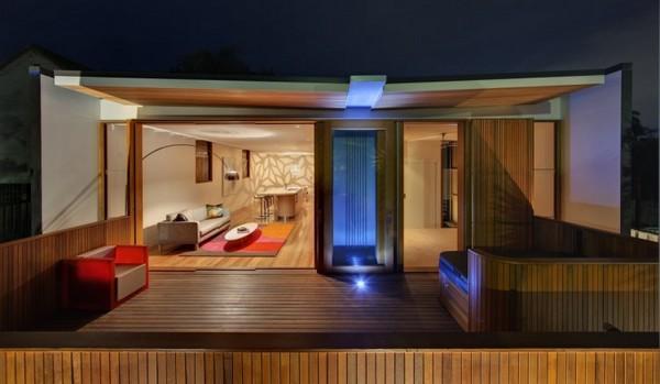 частный дом облицованный деревом