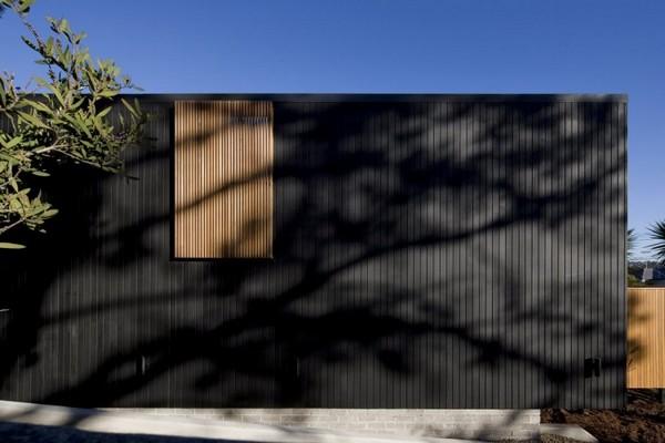 свой дом облицованный деревом