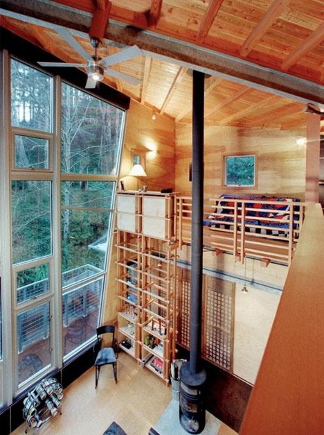 мини-дом с подъемной лестницей фото 1
