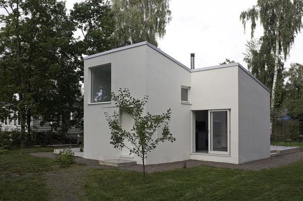 Современный миниатюрный домик для отдыха