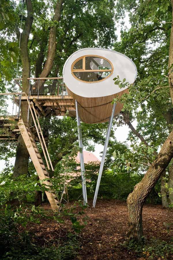 деревянный дом на дереве-6