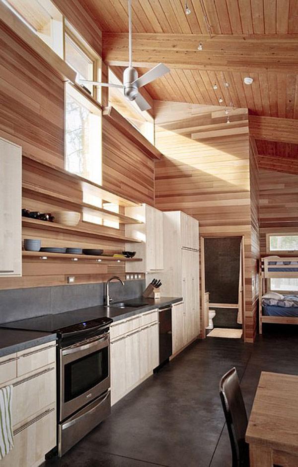 Скромный лесной дом фото 8