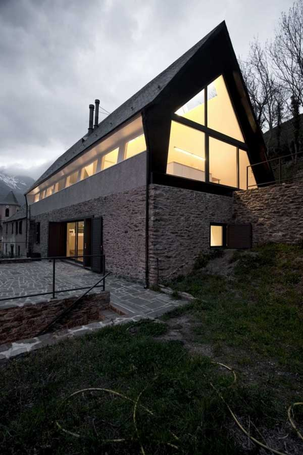 Реконструкция дома по проекту  Cadaval & Solà-Morale