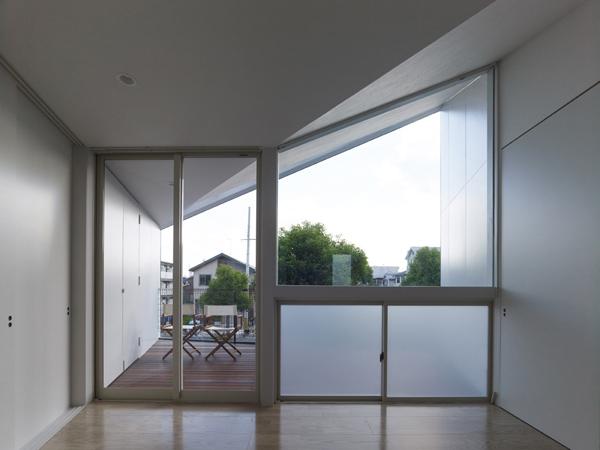 Дом с инверсией пространства фото 2