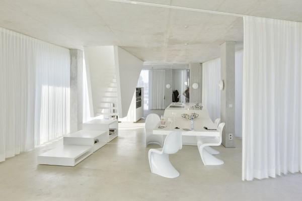 Изящный стеклянный дом как квинтэссенция минимализма фото 4