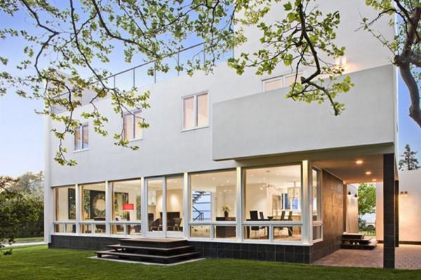 красивый дом на заливе в стиле арт- фото 1