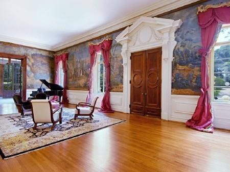 Дом в стиле барокко - Pink Palace фото 3