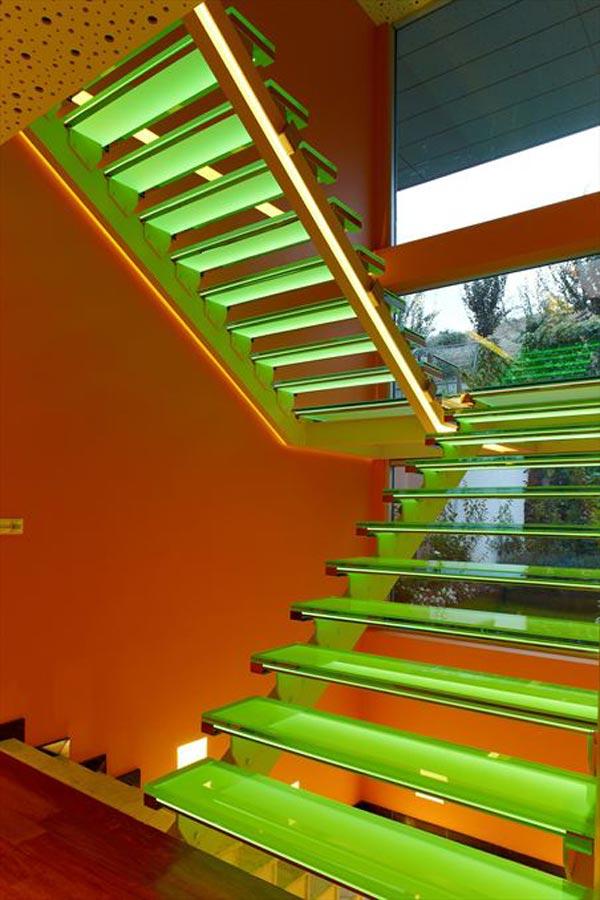 Дом в стиле поп-арт по проекту Yazgan Design фото 3