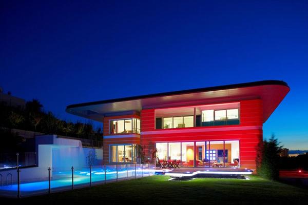 Дом в стиле поп-арт фото 1