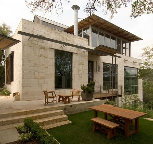 Каменный загородный дом фото 1