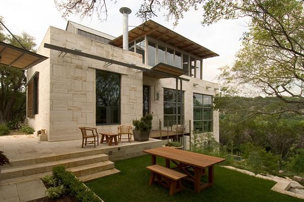 Каменный загородный дом фото 8